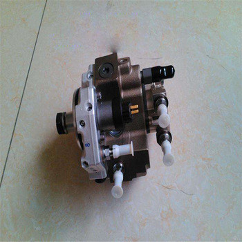 6738-71-1110 PC200-7 fuel injection pump