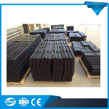 High Quality PC230 Excavator Undercarriage Parts Track Shoes Excavator Steel Track Shoe Assy pc450-8 208-32-61310 Track Shoe